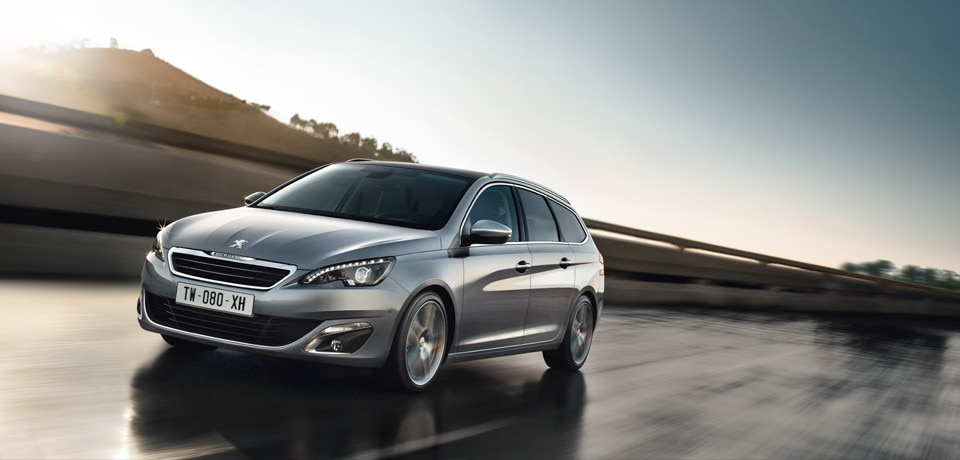 /image/37/8/camera-recul-peugeot-nouvelle-308-video.130378.jpg
